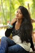 Ulka Gupta glamorous photos-thumbnail-2