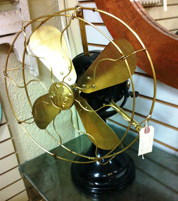 vintage antique GE table fan