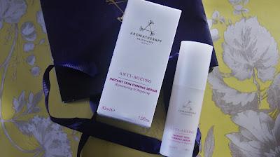 Aromatherapy Associates Anti-Aging Instant Skin Firming Serum