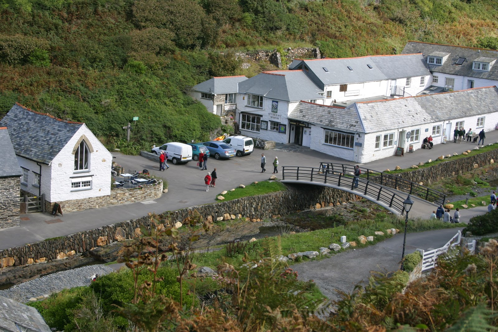 Cottage Short Breaks: Boscastle Harbour, North Cornwall