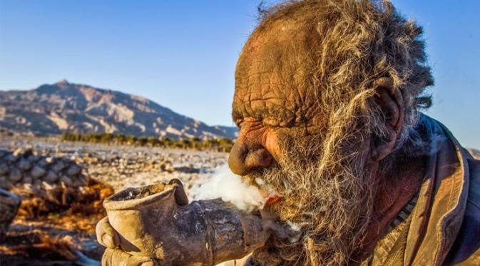 Pria Ini Tidak Mandi Selama 60 Tahun