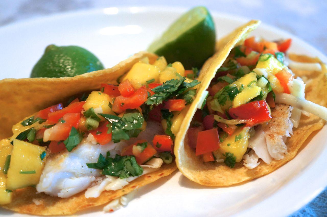 The krok pot fish tacos with mango salsa for Fish tacos with mango salsa