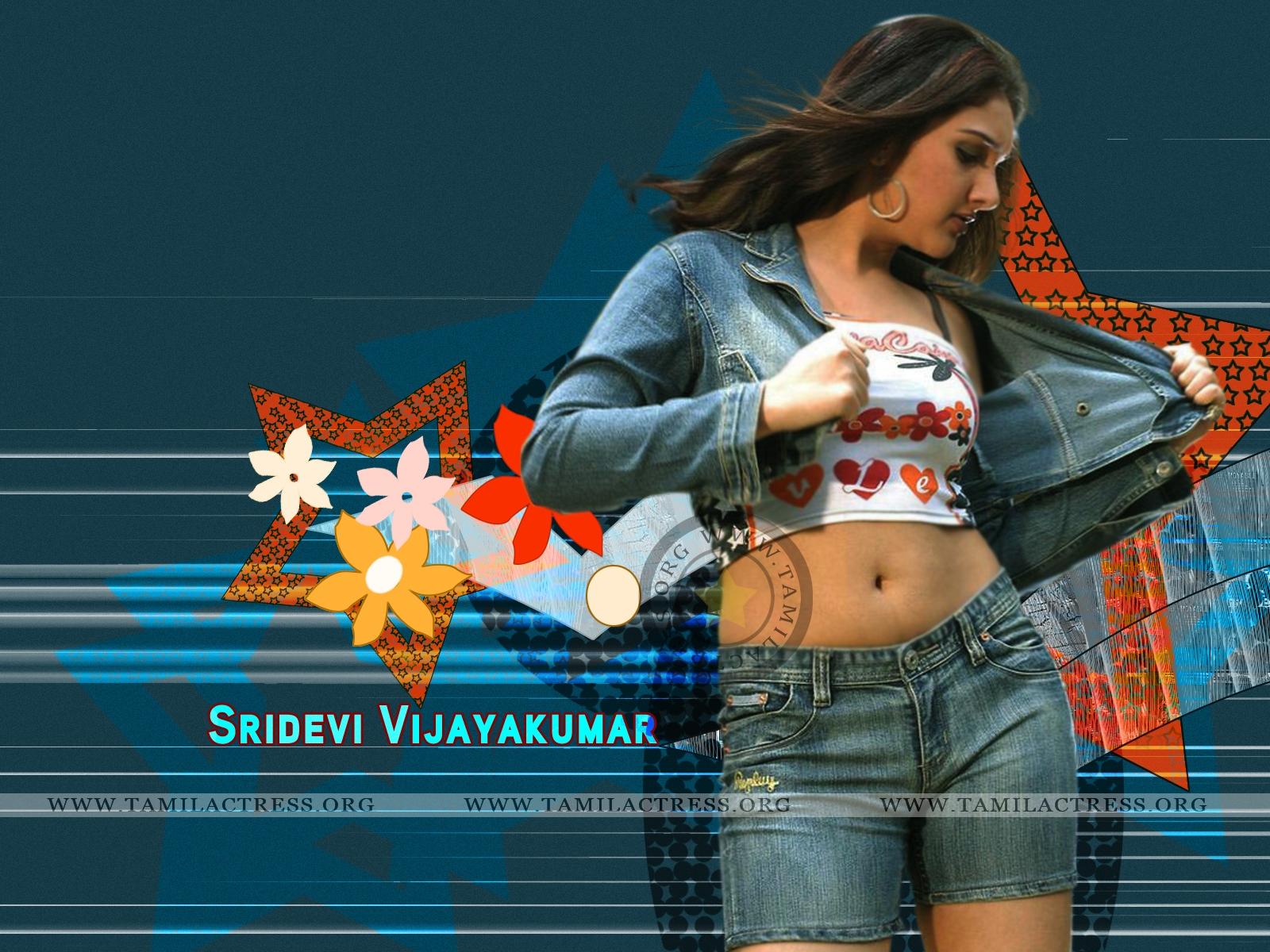 http://3.bp.blogspot.com/-wjjd4ju4R1E/Td_Y2lOicwI/AAAAAAAAAGg/vs5bAzr60dY/s1600/Sridevi-Vijayakumar-Wallpaper-002.jpg