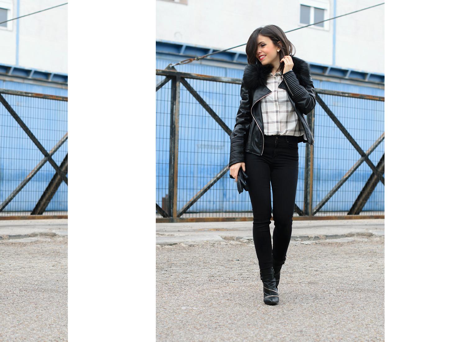 Total look de Zara con biker y botines de cremalleras
