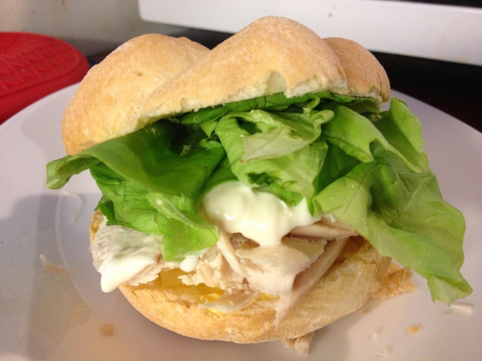 ds gluten free smoked chicken roll