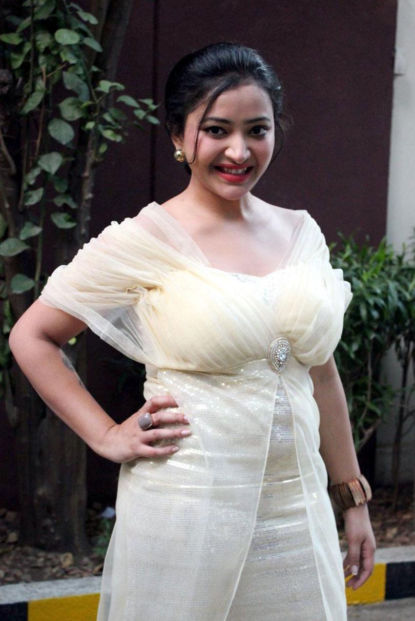Swetha Basu latest Hot7