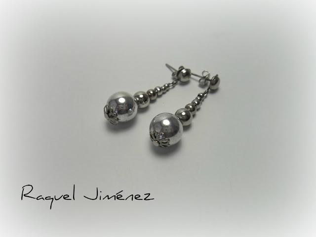 pendientes con esferas