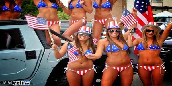 Wanita Hot Setengah Telanjang Dengan Jiwa Patriotisme