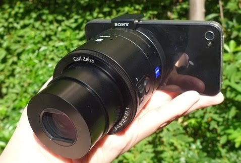 Sony QX100 Details