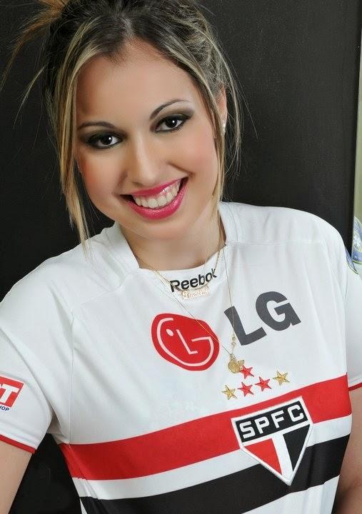 Francine Paladino Candidata à musa do São Paulo Futebol Clube em (2012)