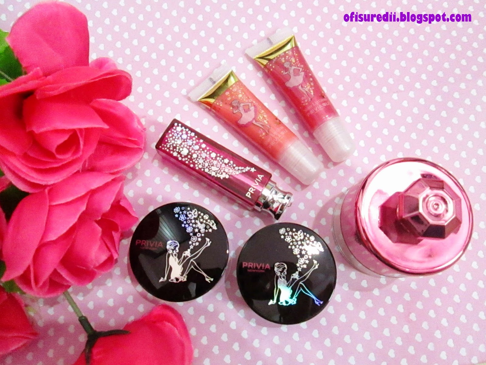 Privia U Shiny Lip Gloss Glittering Lipstick Eye Korea Has A Super Cute Packaging You See There Is Girl In And Shadow My Eyes Cant Glace From Face Powder