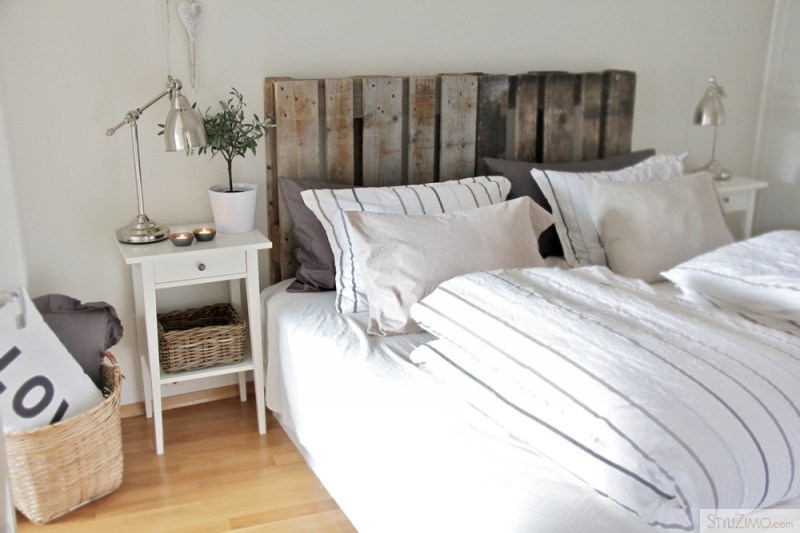 Diy Pallet Headboard With Shelves (5 Image)