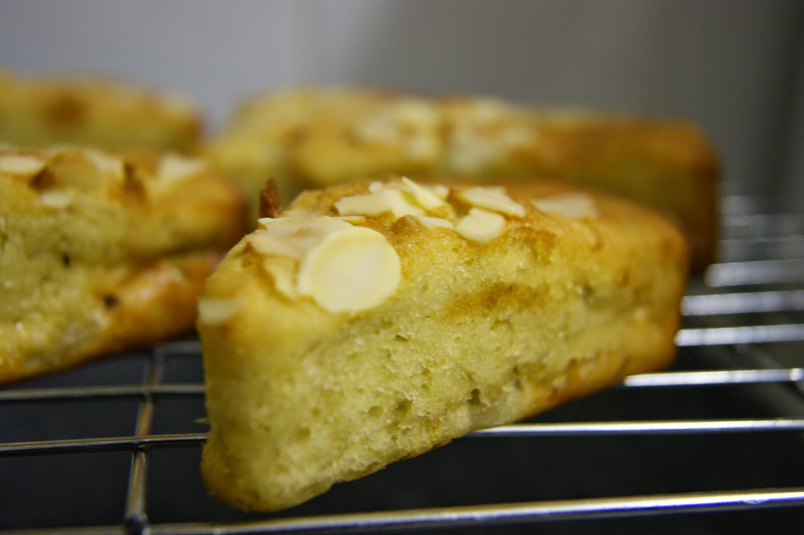 anne 39 s kitchen nectarine and almond yoghurt cake slices