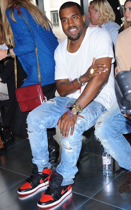 Kanye West….Front Row At London Fashion Week!