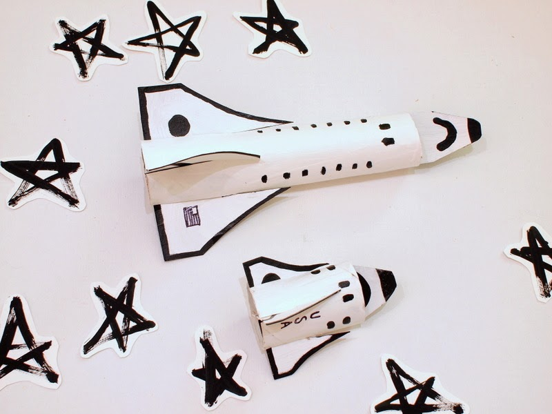 make cardboard roll space shuttle craft