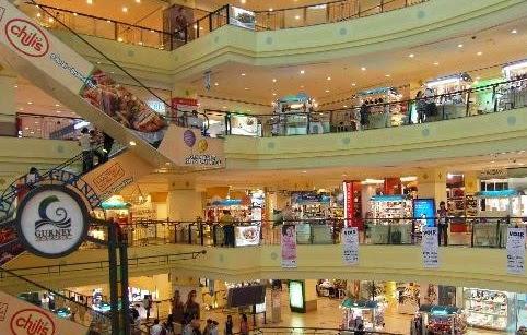 Tempat Wisata di Penang Malaysia Plaza Gurney