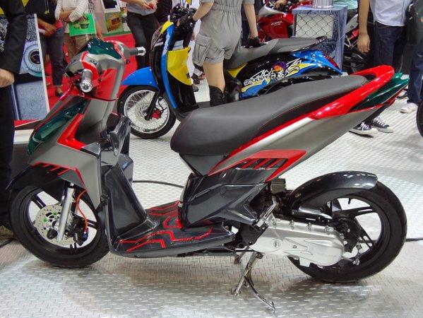 Inspirasi Modifikasi Honda Vario title=