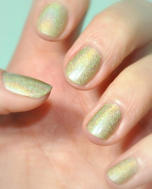 nail nailart manucure holographique nailpolish zechaudronmagik