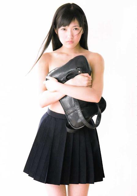 AKB48 Watanabe Mayu Mayuyu Photobook pics 02