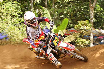 honda new blade grasstrack | honda new blade balap | honda new blade modifikasi