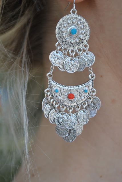 mariafelicai magno fashion blogger fashion blog italiani blog di moda fashion blogger milano orecchini majique orecchini chandelier orecchini stile boho orecchini con monetine argento majique london earrings chandelier majique earrings orecchini estivi orecchini estate 2015 accessori estate 2015 orecchini collezione estiva majique estate 2015 majique london earrings summer accessories  oceanic jewellers earrings