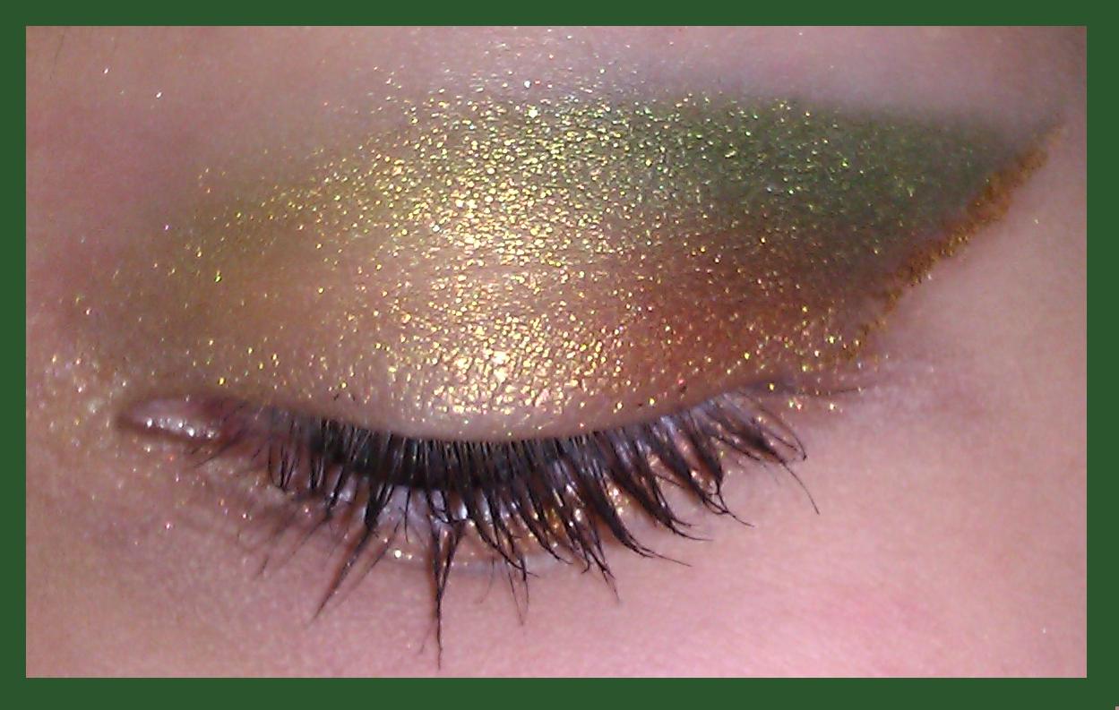lainamarie91 emerald amp gold eyeshadow tutorial