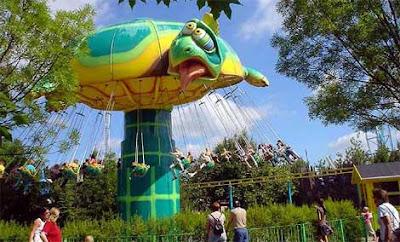 5 Taman Hiburan Yang Paling Aneh Di Dunia [ www.BlogApaAja.com ]