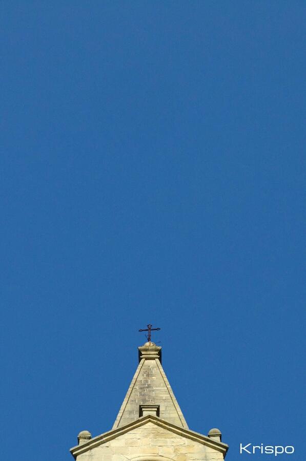 campanario de guadalupe con cielo azul