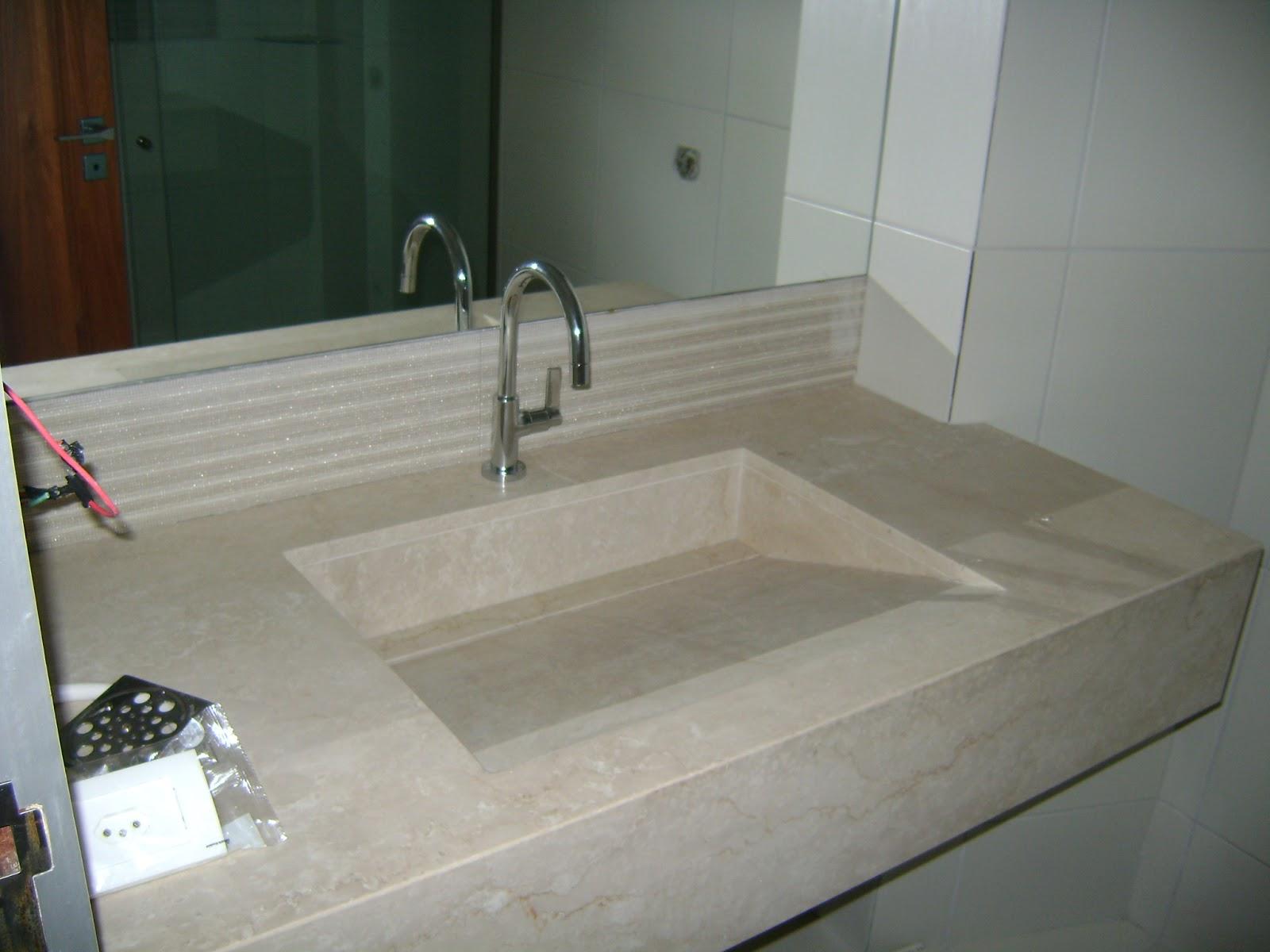 Série Como é ter Cuba escavada e toalheiro na pedra:Decoração  #2C3226 1600x1200 Bancada Banheiro Resina