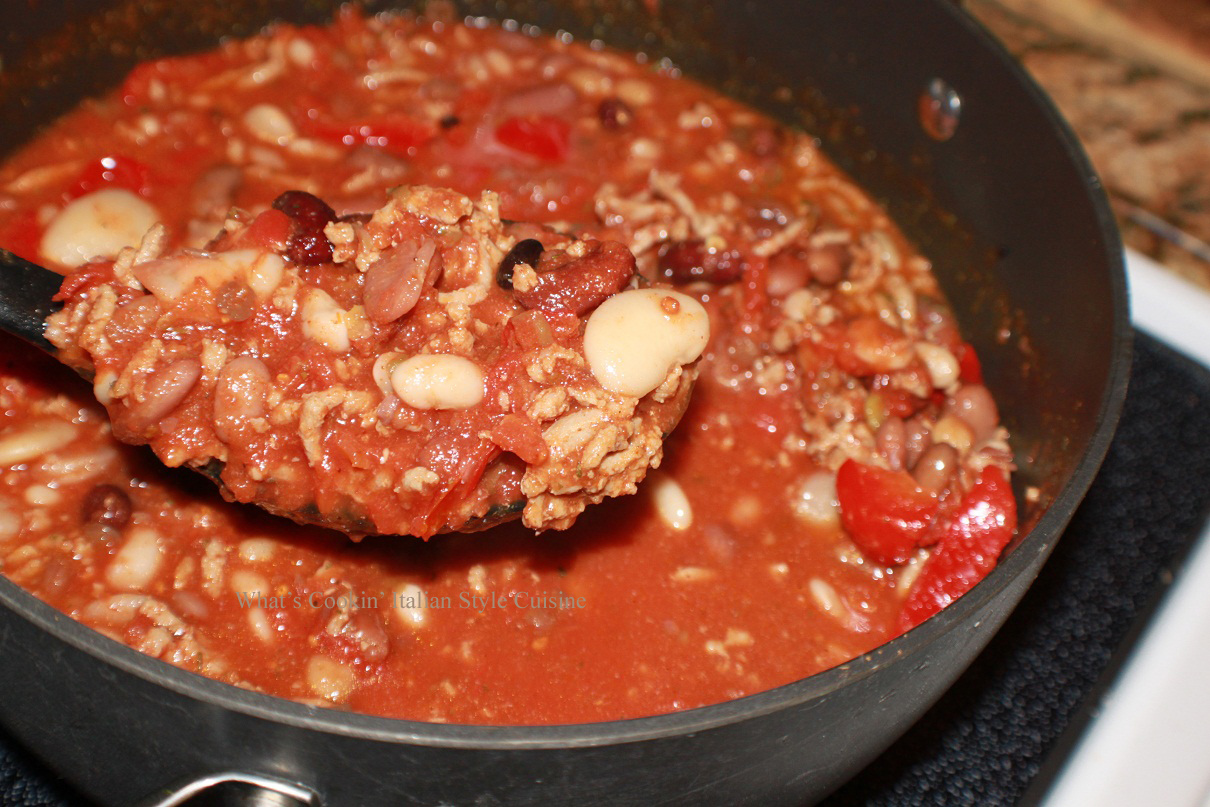 What's Cookin' Italian Style Cuisine: Italian Style Chili Made with 1...