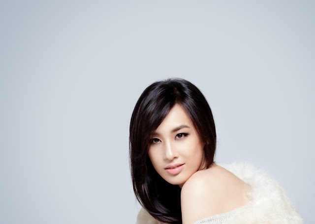 Eva Huang HD Wallpaper
