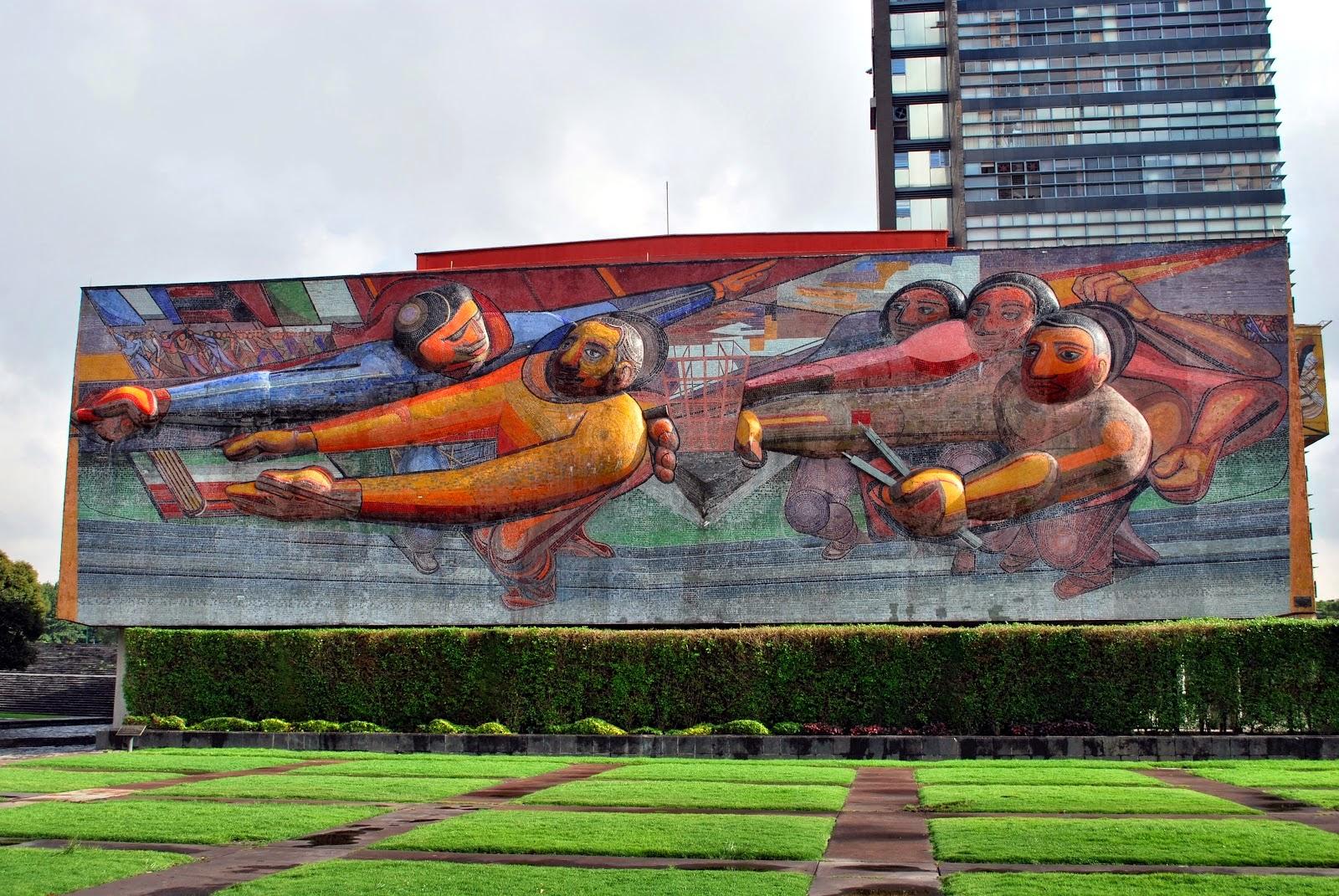 La espina roja agosto 2014 for El mural de siqueiros