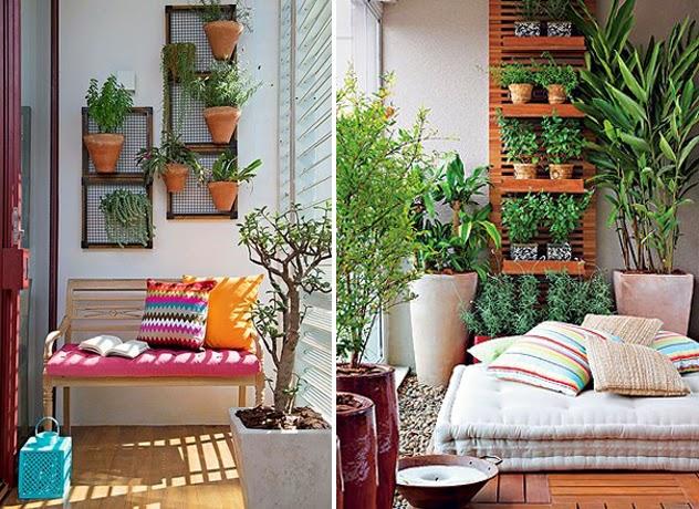 Jardim vertical e almofadas na varanda