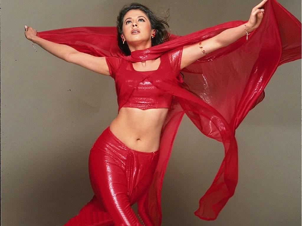 enjoy world: Urmila Matondkar HD Hot and Sexy Images