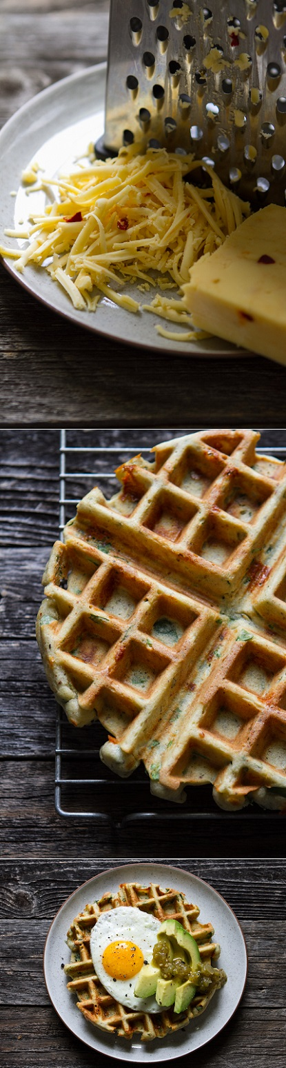 exPress-o: Spinach + Cheese Waffles
