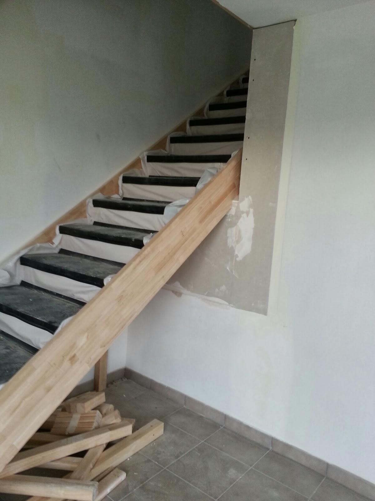 Le trou de l 39 escalier a t combl notre maison pregnin for Garage ouvert aujourd hui