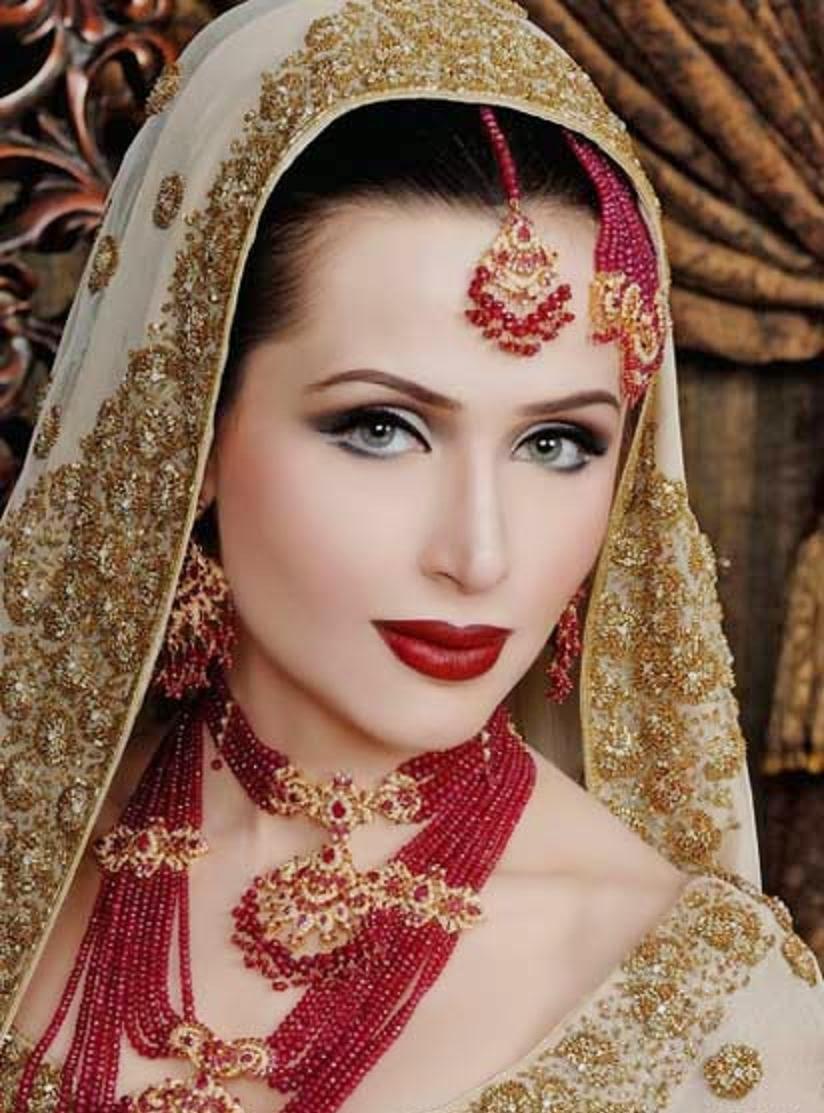 Beautiful And Pretty Bridal Makeup, Desi Indian Bride HD ...