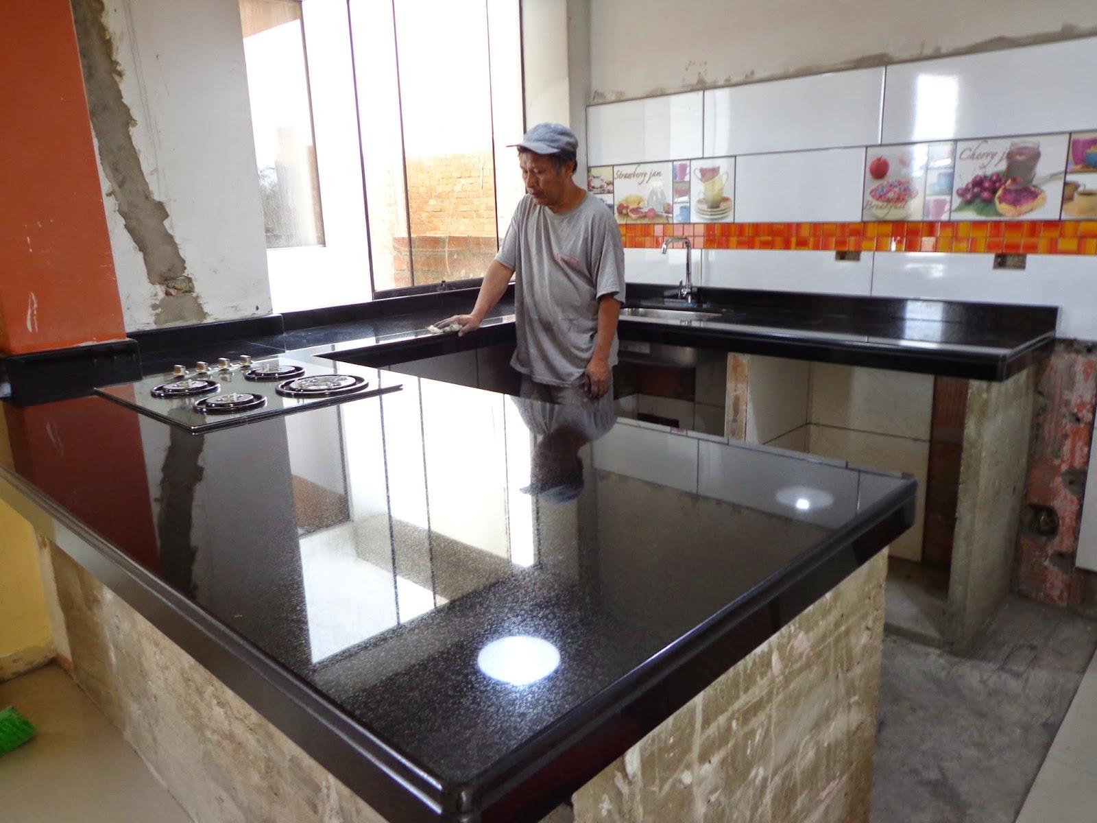Barras cocina granito marmol piedras naturales lima for Barras de granito para cocina