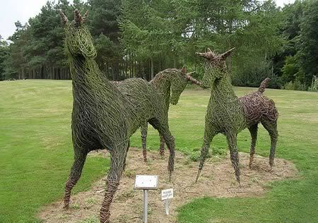 Awesome Grass Sculptures
