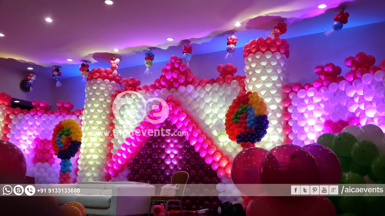 Aicaevents castle with balloon wall decoration for Balloon decoration for stage