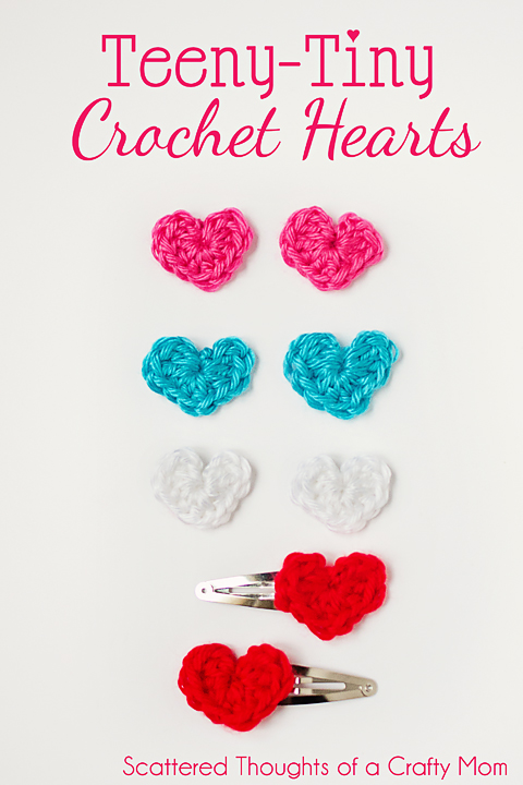 Free Teeny Tiny crochet heart pattern.  They are super easy to make!