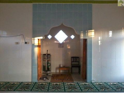 dalam musholla