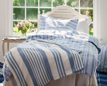 kalinki living in east hampton lexington spring 2013. Black Bedroom Furniture Sets. Home Design Ideas