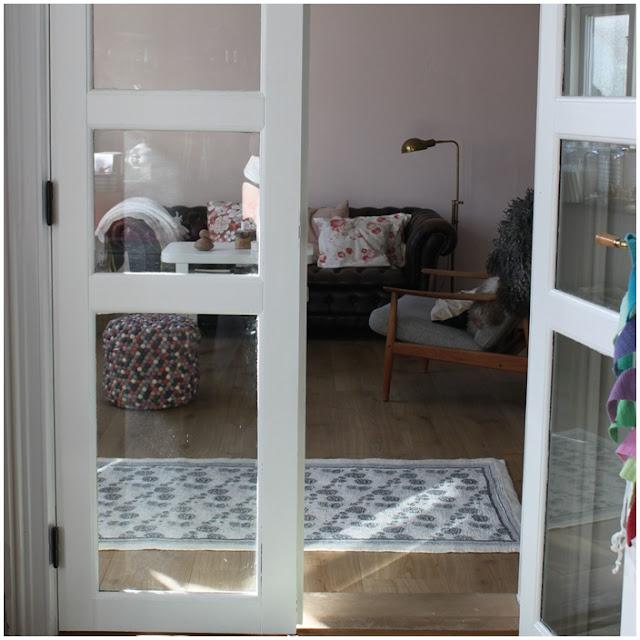 Karen Klarbæks Verden: Soft sofa stue