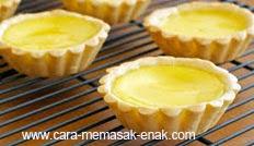 resep praktis (mudah) makanan kue lontar / pie susu spesial khas irian enak, legit, lezat