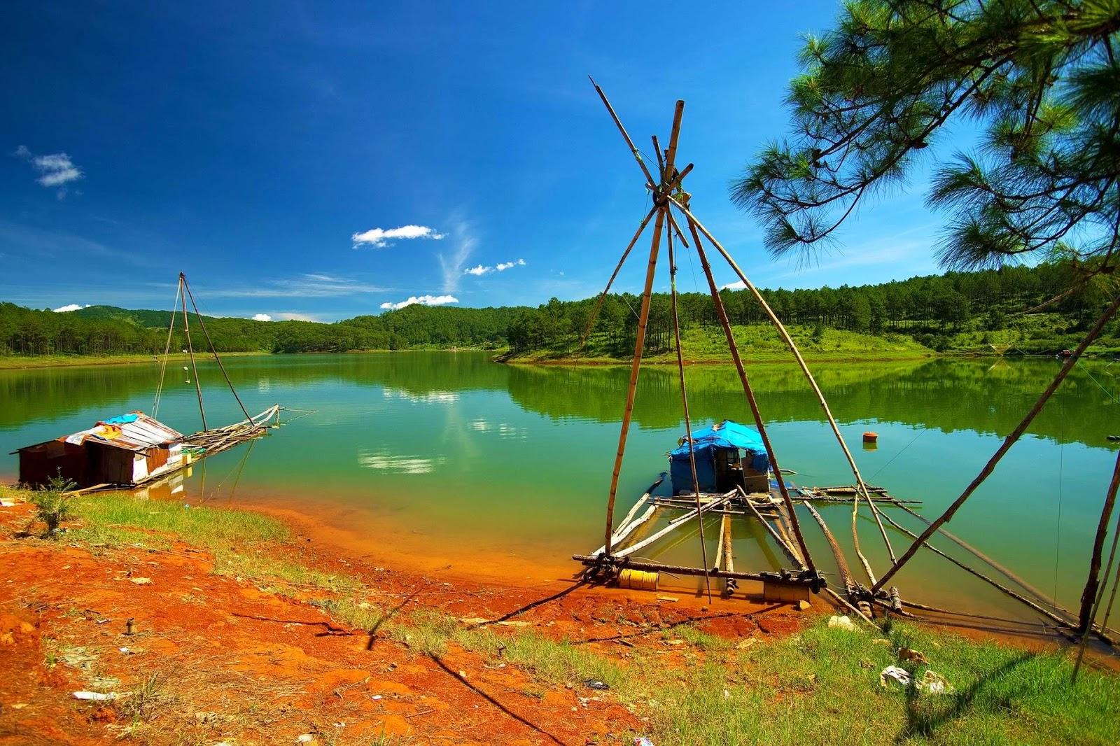 Địa danh nổi tiếng Đà Lạt - Hồ Tuyền Lâm