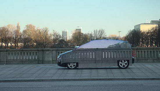 [Image: mercedes-rolls-out-invisible-car-video.jpg]