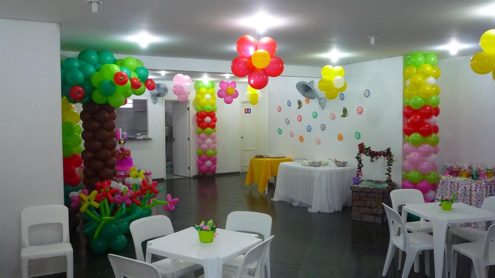 decoracao de balões jardim encantadoFlores+de+balão,+nome+de+balão