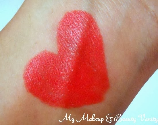 MAC Marilyn Monroe Collection scarlet ibis Lipstick Review, Swatches+Marilyn Monroe Collection lipstick swatches+lipstick review and swatches+orange lipstick