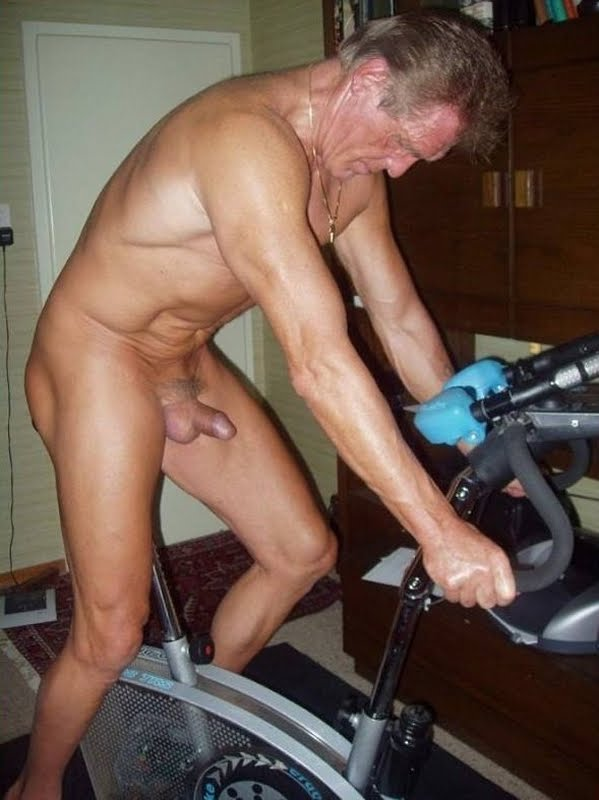 Horny Grandpa's Naked Images - JustUsBoys.com World's Largest Gay Community ...